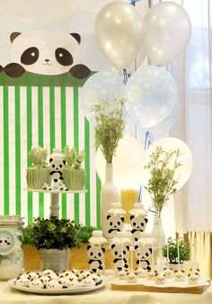 We love these ideas for a panda party! Panda Themed Party, Panda Birthday Party, Panda Party, Baby Birthday, Baby Shower Fun, Baby Shower Parties, Baby Shower Themes, Baby Shower Decorations, Shower Ideas