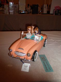 Diorama for competition by Missypants, via Flickr