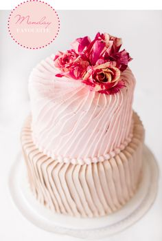Monday Favourite – Cake Style TV  I love this....elegant but yet so organic.