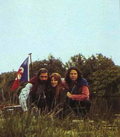 Alain Ronay, Pamela Courson and Jim Morrison in Saint-Leu-d'Esserent, June 1971 Jim Morrison Death, The Doors Jim Morrison, Pamela Courson, Ray Manzarek, Jim Morison, Try Not To Cry, Elevator Music, Riders On The Storm, Psychedelic Rock