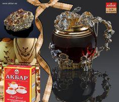 Granate es una gema hermosa, que trae la felicidad en el amor y la amistad. Según el Talmud, Noé colgó un gran y delicadamente tallado granate que iluminaba el Arca y le permitía navegar en la oscuridad de la noche. Las más hermosos granates se consideran las granates checos, y las más raras son las verdes, se puede encontrarlas solamente en Rusia. El té Akbar 'Granate Rojo' trae la felicidad. ¡Es tu té en España! Distribuidor exclusivo de té Akbar en España y Portugal.