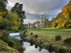 Check out Fountains Abbey on VisitBritain's LoveWall!