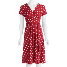 OMG! It's like the Mandy Moore dress on Because I Said So! BWAHAHA! Must buy this for the fun of it! Who doesn't love a woman in polka dots?