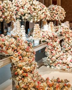 Timeless Elegance ♡ Classic style never goes out of style , don't you agree ! Lebanese Wedding, Gold Bridesmaid Dresses, Wedding Catering, Light Orange, Timeless Elegance, On Your Wedding Day, Color Themes, Paper Flowers, Flower Arrangements