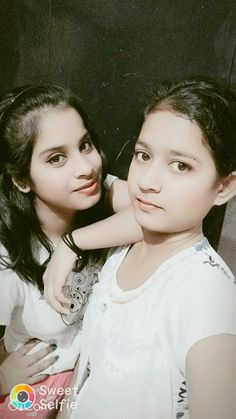 Beautiful Girl Photo, Beautiful Girl Indian, Girl Pictures, Girl Photos, Dehati Girl Photo, Girls Phone Numbers, Girls Selfies, Summer Photos, Baby Dresses