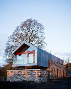 Image 9 of 18 from gallery of Loughloughan Barn / McGarry-Moon Architects. Courtesy of McGarry-Moon Architects Architecture Renovation, Architecture Résidentielle, Contemporary Architecture, Contemporary Style, Building A Container Home, Stone Barns, Modern Barn, Prefab, Cozy House