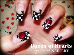 Queen Of Hearts nail art design
