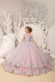 Little girl gowns - Blush pink and Silver Flower Girl Dress Birthday Wedding party Bridesmaid Holiday Blush pink and Silver Flower Girl Dress 21104 – Little girl gowns Girls Pageant Dresses, Gowns For Girls, Dresses Kids Girl, Wedding Dresses For Kids, Little Girl Gowns, Princess Dress Kids, Princess Flower Girl Dresses, Kids Gown, Lace Flower Girls
