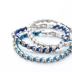【DAZZLING COLOR TENNIS】 Unisexを楽しむクールな色合わせ。 ・ COLOR COLD SILVER AZUR BLUE FRANCE BLUE ・ http://invidia.jp ・ #bracelet #swalovski #ブレスレット#スワロフスキー#invidia_jp #satincord#サテンコード#color #DAZZLINGCOLORTENNIS#テニスブレスレット#tennisbracelet #costumejewelry#コスチュームジュエリー#accessory#アクセサリー