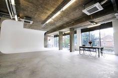 Location 2412 - Photographic Studio