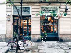 A list of lovely shops to find alternative Christmas presents in Barcelona.