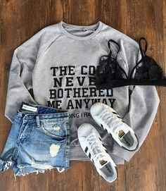 """Have it with $19.99&Free Shipping! This """"The cold never bothered me anyway"""" sweatshirt gonna keep all the cold away with its soft&warm feel. It says """"Just kidding I hate winter"""" but I do love this cute letter print sweatshirt. Take it from Cupshe.com"""