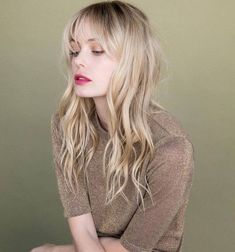 If your hair is on the fine side, get it cut into a soft fringe and long layers for instant bounce and volume #longhair #wavyhair #fringehairstyles