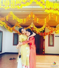 Pic Talk: Sai Pallavi Shows Her Sister Love All Indian Actress, Indian Actress Gallery, Young Actresses, Actors & Actresses, Beautiful Girl Image, Beautiful Children, Sai Pallavi Hd Images, Wedding Venue Decorations, Stage Decorations