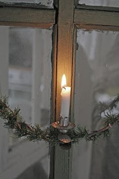 peace at Christmas time .*I have old, rusty clips like this. Will clip them to garland strand & drape across kitchen or bath window Christmas Candles, Primitive Christmas, Country Christmas, Vintage Christmas, Christmas Decorations, Holiday Decor, Victorian Christmas, Christmas Ornaments, Little Christmas