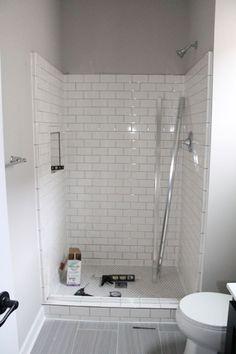 Easy Bathroom Remodel Organization Ideas 04