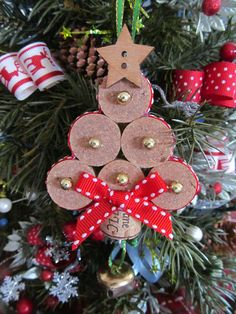 Wine cork Christmas tree with star