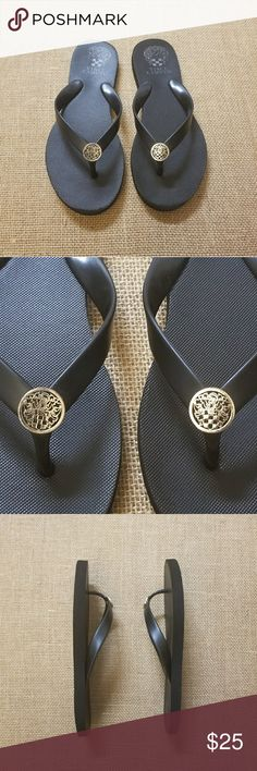 Vince Camuto Flip flops Vince Camuto Black Flip flops. Simply elegant and will match any swimming outfit, summer dress, jeans, shorts ... Gently worn few times. Very good condition. Please check all pictures. Clean, no odor!  Smoke free and pet free home. Vince Camuto Shoes Sandals