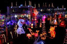 Der Lichtergarten des Thomas Bittelmeyer. Christmas American Style auf schwäbischem Boden, bunt, schrill, kitschig und sehenswert.    Amerikanische Weihnac