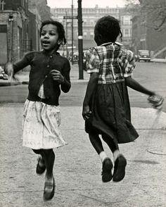 Girls Playing Jump Rope, Chicago, Photo by Marvin Newman, 1950