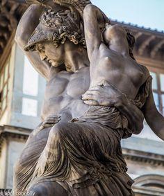 Aesthetic Statue, Aesthetic Art, Beautiful Wallpaper Photo, Greek Statues, Ancient Greek Sculpture, Greek Gods And Goddesses, Greek Art, Illusion Art, Classical Art
