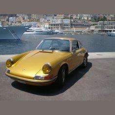 Dream car: 1971 Porsche 911 E Coupé in GOLD