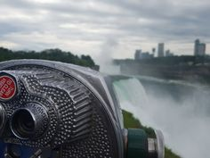 Keeping a lookout on Niagra Falls