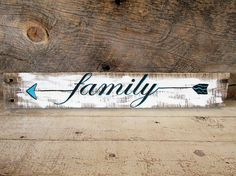 Family Arrow Sign, Arrow Decor, Rustic Signs, Pallet Wood Sign, Home Decor, Wall Hanging