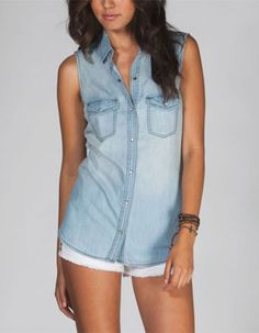 ALI & KRIS Womens Chambray Shirt Tilly's                                                               $22.99