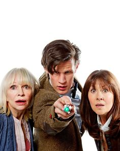 Gallery of Elisabeth Sladen and Matt Smith in the fourth season of 'The Sarah Jane Adventures' Doctor Who Funny, Bbc Doctor Who, 11th Doctor, Geronimo, 2000s Kids Shows, Sarah Jane Smith, Jon Pertwee, Craig Ferguson, Doctor Who Companions