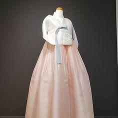 𝗕𝗗𝗞 MINT hanbok (@bdkmint) • Instagram photos and videos Mint, Victorian, Photo And Video, Videos, Photos, Wedding, Image, Instagram, Dresses