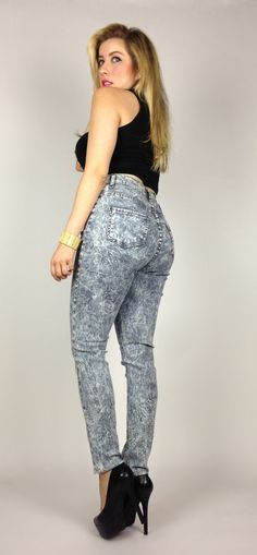 Back to school gear must - high waist jeans!  Best prices online!  www.myNuevaModa.com  #highwaist #jeans #denim #ootd #ootn #fashion #instyle #highrise #trendy #style