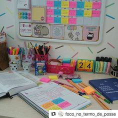 "1,160 curtidas, 7 comentários - Meu lugar de estudos (@meucantodeestudos) no Instagram: ""#Repost @foco_no_termo_de_posse ・・・ #studytime ➡ . . . . . . . . . . #concurso #concursopublico…"" Study Desk, Study Space, School's Out For Summer, Stationary Store, Study Organization, School Study Tips, Ideas Para Organizar, Study Inspiration, Studyblr"
