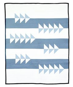 Excited to announce my newest quilt pattern, Fly By! Designed exclusively for @stashbuilderbox July box subscription. You can sign up to receive the box on their site now through July 14th. Pattern includes 2 sizes (baby, throw) and four color-way suggestions. Happy Wednesday y'all! #initialkstudio #flybquilt #newquiltpattern #modernquilting #konacotton #robertkaufman #creativepreneur #design #lifeworklove #stashbuilderbox