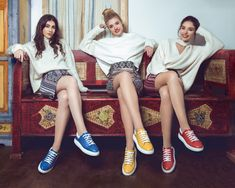 De peste 35 de ani,Marelboduce mai departetradițiașicalitatea pantofilorcreațidin inimă pentru românii de pretutindeni. Fabricanoastrădin Bucovina, un colț alRomânieicarețisecuibărește însuflet, produce zilnicmiide perechi de pantofi doar din piele naturală pentru ca tu și familia ta să văputeți bucura de încăltămintede calitate la prețuri accesibile de producător. Romania, My Style, How To Make, Inspiration, Outfits, Fashion, Biblical Inspiration, Moda, Suits