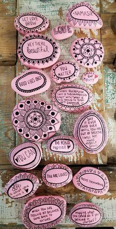 Salutation on stones 😄😃😀 diy painting, rock art painting, rock painting designs Pebble Painting, Pebble Art, Stone Painting, Diy Painting, Painting Quotes, Stone Crafts, Rock Crafts, Diy And Crafts, Arts And Crafts