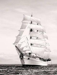 Mexican Barque Cuauhtemoc #tallships #tallship