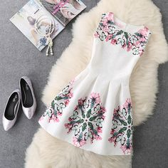 2017 Brand New Style Women's Fashion Clothing Office Lady Summer Dress Sexy Party Sleeveless Vintage Print A Line Vest Dresses