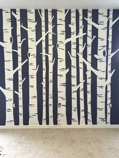 DIY Birch Tree Wall Tutorial - 5 Easy Steps You don't have to be an artist to paint a beautiful birch tree mural. Create a statement wall in an office, nursery, or any room with a big blank wall. Birch Tree Mural, Tree Wall Murals, Tree Wall Art, Diy Wall Art, Painted Wall Murals, Birch Trees, Tree Wall Painting, Creative Wall Painting, Creative Walls