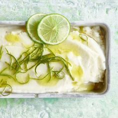 Ricette per dessert senza lattosio | Migusto Parfait, Kiwi, Pickles, Cucumber, Desserts, Food, Apricot Recipes, Grill Party, Food Portions