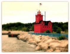 #Michigan's Big Red #Lighthouse    http://dennisharper.lnf.com/
