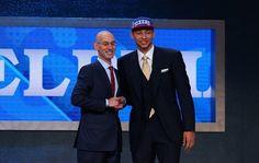 Los 76ers de Filadelfia reclutaron el jueves al australiano Ben Simmons, de LSU, como la primera selección del draft de la NBA