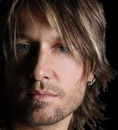 Keith Urban(: Who can resist that accent?