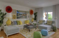 Silvia Home Decor: Maria Barros - Interior Designer Portuguesa My Living Room, Living Room Decor, Living Spaces, Yellow Interior, 2017 Design, Bright Homes, Beautiful Living Rooms, New Room, Home Decor Inspiration