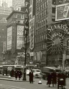 fuckyeahvintage-retro:   New York City, 1937
