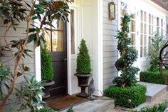 Exterior Front Entrance Curb Appeal Topiaries Ideas For 2019 Front Entry, Entry Doors, Front Doors, Front Porch, Entryway, Patio Interior, Color Interior, Interior Painting, Garden Design