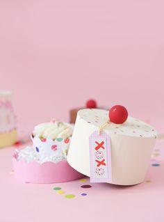 DIY Paper Mache Cake