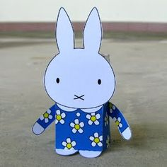 Miffy, free download to fold. Free toy a day so they say.
