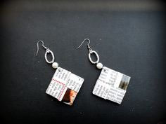 Newspaper earrings - diy