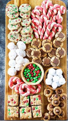 Best Christmas Cookies, Christmas Snacks, Christmas Cooking, Christmas Goodies, Christmas Fun, Christmas Dinner Dessert Ideas, Christmas Eve Appetizers, Christmas Dinner Sides, Christmas Party Drinks